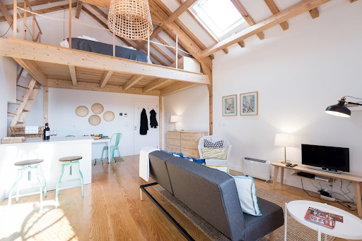In this post, we'll share 5 tips that will save you time, money, and add value to your next Airbnb guest experience.