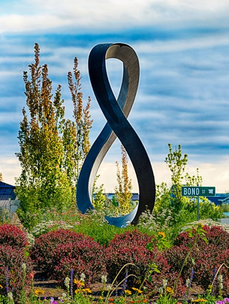 This is what you look for in small art towns in oregon: a sculpture built into a roundabout in Bend